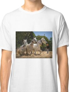 Threshing the corn by horse Classic T-Shirt