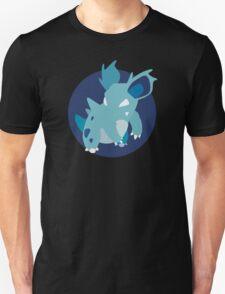 Nidorina - Basic T-Shirt