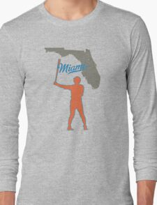 the new hit leader Long Sleeve T-Shirt