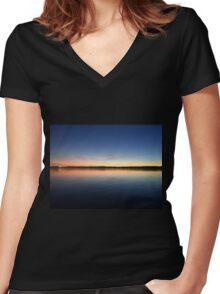 ohio sunset on a lake Women's Fitted V-Neck T-Shirt