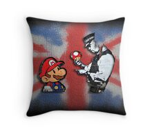 super mario - mushrooms addicted england Throw Pillow