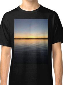 ohio sunset on a lake Classic T-Shirt