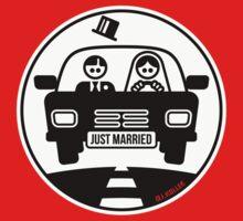 Just Married – Honeymoon (2C) by MrFaulbaum