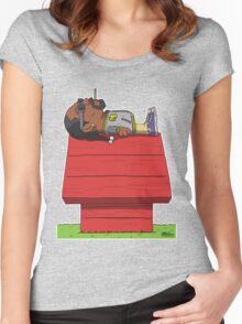 Snoop Women's Fitted Scoop T-Shirt