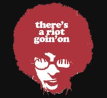 There's a riot goin' on One Piece - Short Sleeve