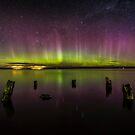 Aurora Australis - New Zealand by Kimball Chen
