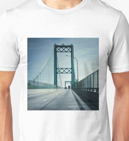 San Pedro - Vincent Thomas Bridge Unisex T-Shirt