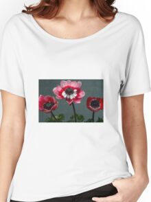 Anemone Women's Relaxed Fit T-Shirt