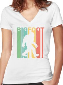 Retro Bigfoot Women's Fitted V-Neck T-Shirt