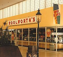 Former Woolworth's at River Roads Mall  by Dwaynep2010