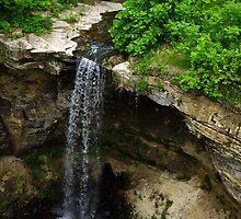 Minnemishinona Falls by Robin Clifton