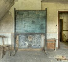 Urbex - Maison Viron 5 by Peter Wiggerman