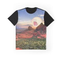 Screaming Sun Sedona. Graphic T-Shirt