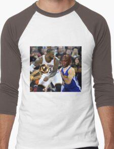 Lebron Robs Steph 2 Men's Baseball ¾ T-Shirt