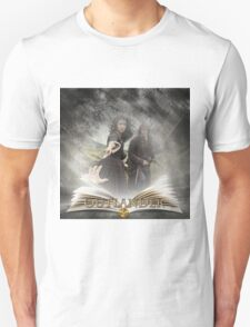 Outlander book with Jamie and Claire Unisex T-Shirt
