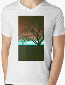 ViewsFromTheAether Tree Silhouette Mens V-Neck T-Shirt