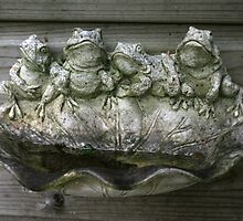 Four Little Speckled Frogs by patjila