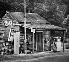 Woods Point Petrol St by Christine  Wilson Photography