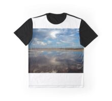 Boomerang Graphic T-Shirt