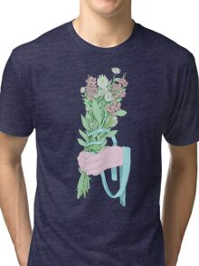 Bouquet (notext) Tri-blend T-Shirt