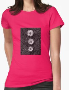 Black and white Dasies  Womens Fitted T-Shirt