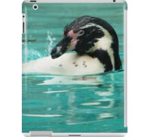 Penguin swimming  iPad Case/Skin