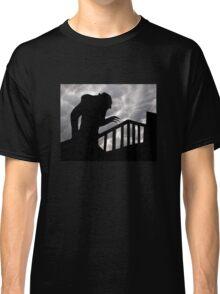 Nosferatu - Creeping vampire Classic T-Shirt