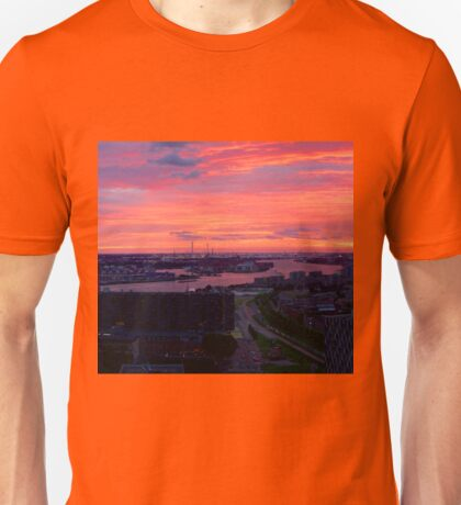 Sunset on River Nieuwe Maas, Rotterdam, (from Euromast) T-Shirt