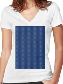 Blue & Black Women's Fitted V-Neck T-Shirt