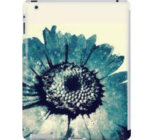 Blue Daisy iPad Case/Skin