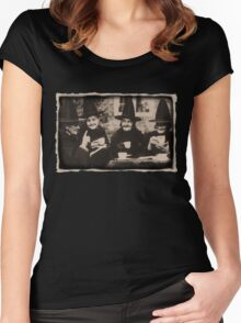 Witches Tea Party - old black/white Women's Fitted Scoop T-Shirt
