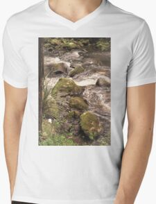 Cool Waters Mens V-Neck T-Shirt