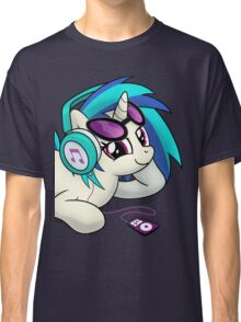 The Audiophile (Vinyl Scratch Poster) Classic T-Shirt