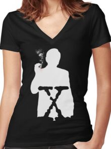 THE CANCER MAN Women's Fitted V-Neck T-Shirt