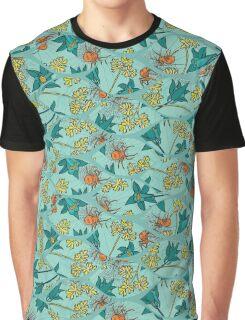 Alpine-Columbine bloom Pattern Graphic T-Shirt