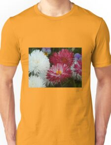 Pink and white Daisy Unisex T-Shirt