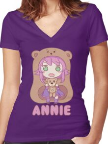 Annie chibi Women's Fitted V-Neck T-Shirt