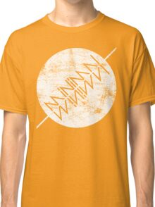 Vintage MiNiMAL Classic T-Shirt