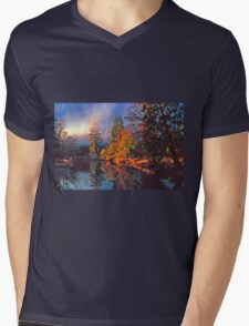 MISTY MORNING MERCED RIVER Mens V-Neck T-Shirt