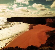 The Great Ocean Road by 黃 黃