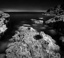 The Rock - Infra Red Sea by rennaisance