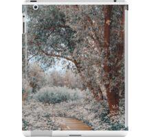 Ethereal Feel. Nature in the Alien Skin iPad Case/Skin