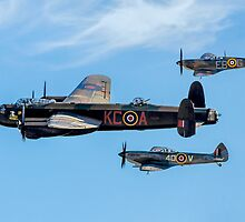Lanc Leads Two Spits in Vic Formation by Colin Smedley