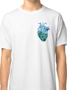 Rose tinted heart - Blue Classic T-Shirt