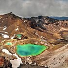 Tongariro Crossing by Steven  Sandner
