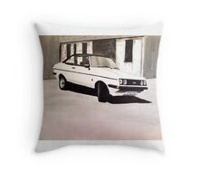'The Professionals' Ford Escort RS2000 Throw Pillow