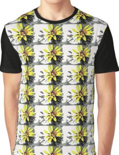 Painted Daisy Graphic T-Shirt