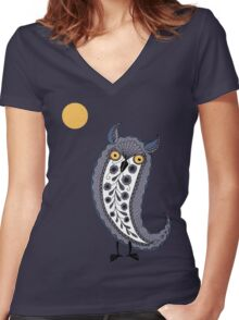Paisley Owl Women's Fitted V-Neck T-Shirt