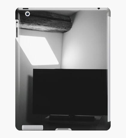 B&W TV iPad Case/Skin