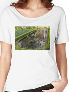 Hidden Tranquility - Beautifully Landscaped Garden with a Fountain Women's Relaxed Fit T-Shirt